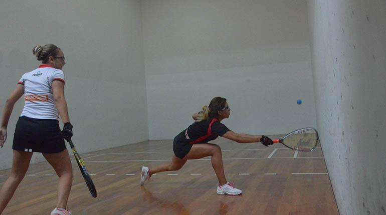 2017-11-1 LosTiempos.com Jenny Daza Racquetball